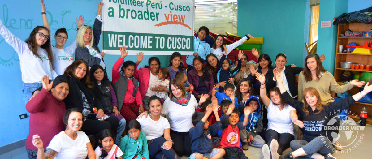 Volunteer Peru: Women's Empowerment Program