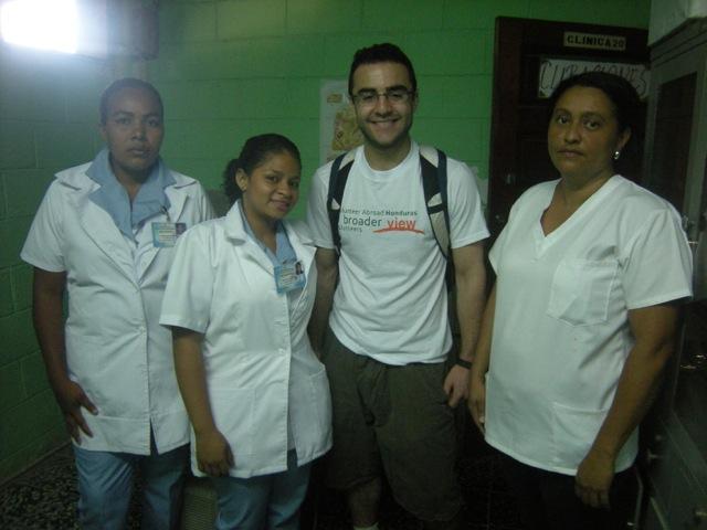 Benjamin Volunteer Honduras 01