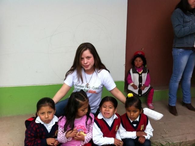 Deissy Volunteer In Cusco Peru 01