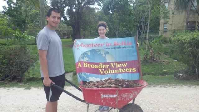 Don Samantha Volunteer Belize 01