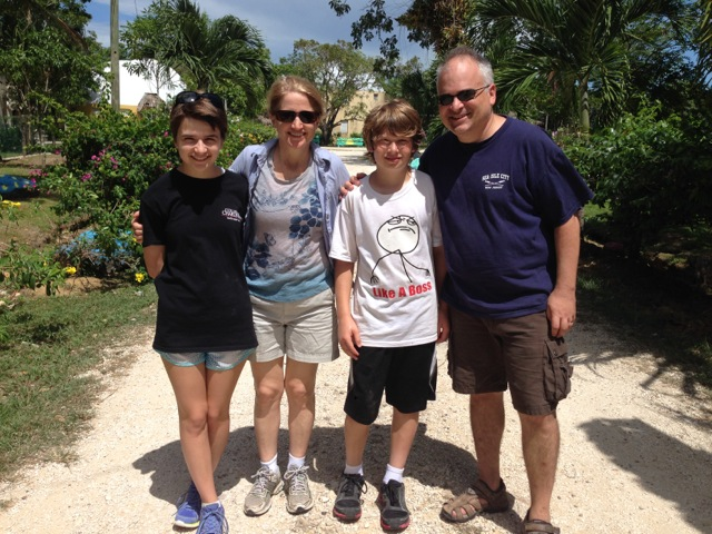 Feedbacks Susan, Steve, Emma and Noah Friedman Volunteers in Belize