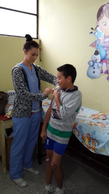 Hannah Hinrichsen Volunteer In Guatemala Elderly Women S Home 04
