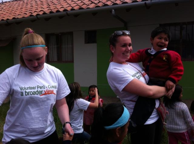 Lauren Volunteer In Cusco Peru 02
