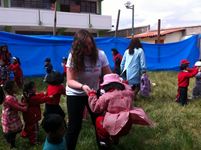 Molly Volunteer In Cusco Peru 02