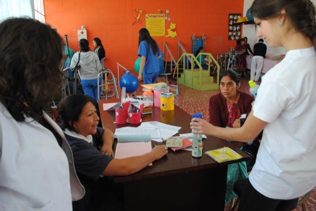 Nicole Volunteer Xela Guatemala 03