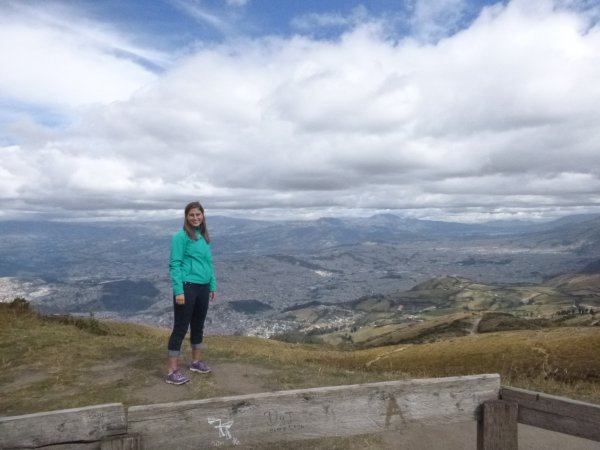 Review Elizabeth Lemon Volunteer Quito Ecuador Medical Dental Healthcare 1