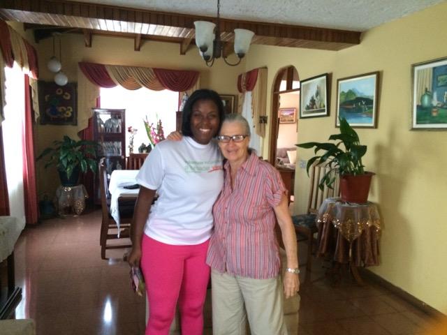 Review Kristen Hunter Volunteer San Jose Costa Rica 01