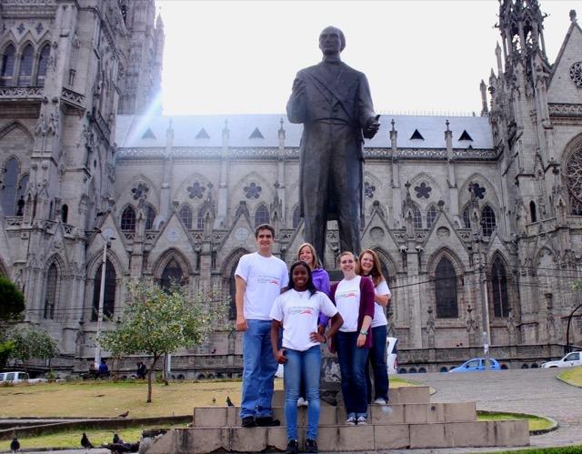 Review Lucas Volunteer Quito Ecuador 03