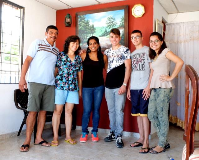 Review Asha Daniel Volunteer Cartegena Colombia 01