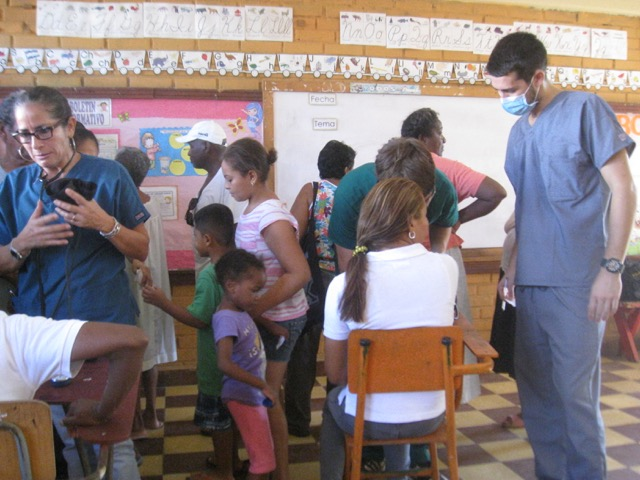 Review Justin Norris Volunteer in Honduras La Ceiba at the Premed