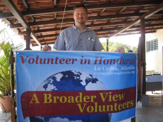 Dr Kyle Sanders Volunteer La Ceiba Honduras 02