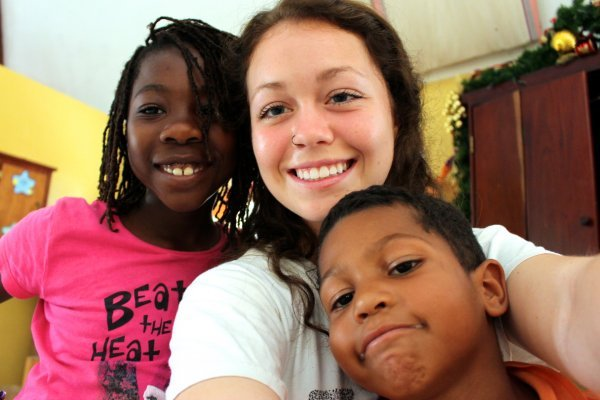 Review Britney Cooper Volunteer Belize City Belize Orphanage Child Care 1