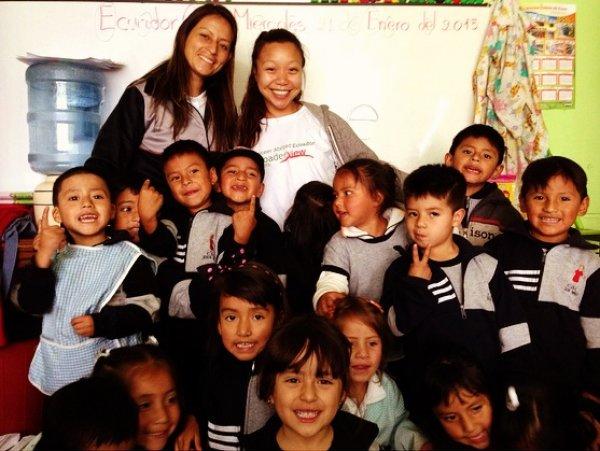 Review Monica Minh Vu Volunteer Quito Ecuador Orphanage Child Care 1