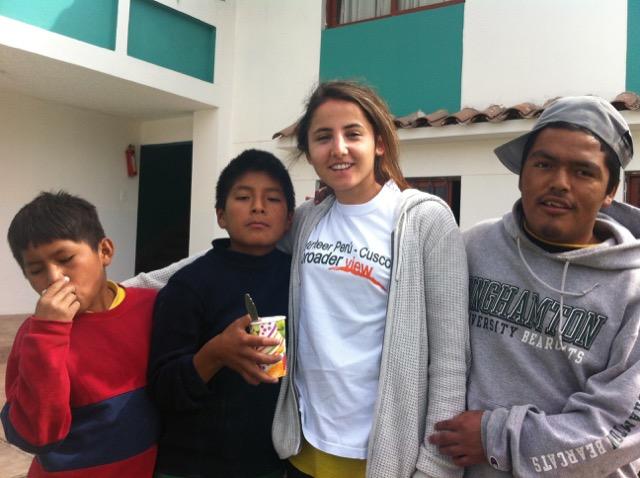 Review Ozge Colak Volunteer  Cusco Peru 03