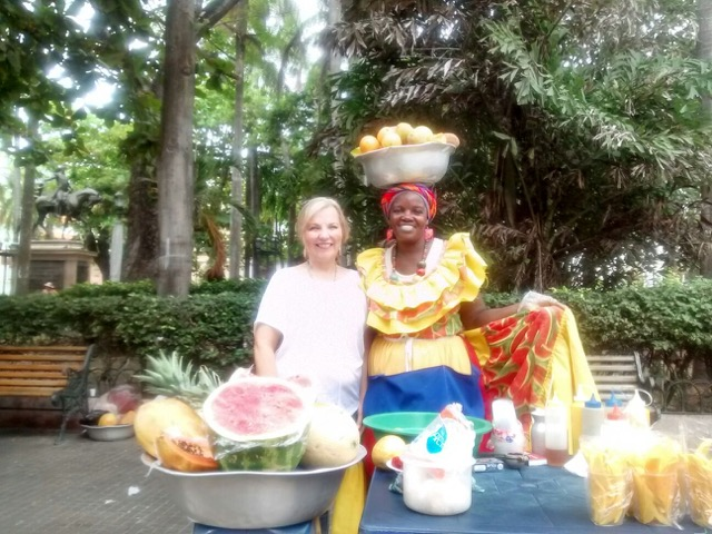 Olunteer Luann Crissman Volunteer Colombia Cartagena 02