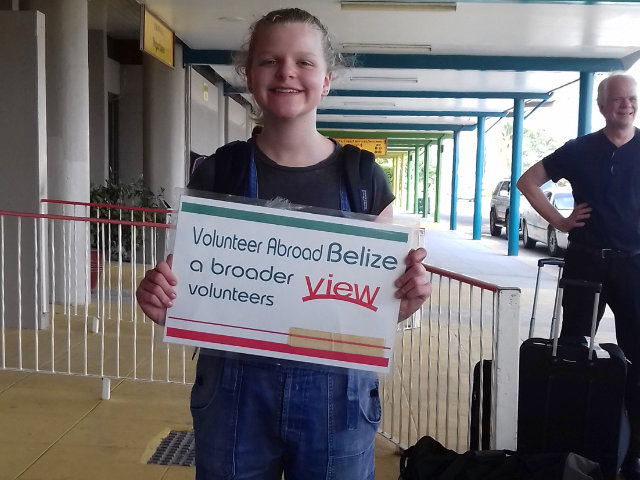 Review Volunteer Phoebe Setterwhite Belize orphanage Program