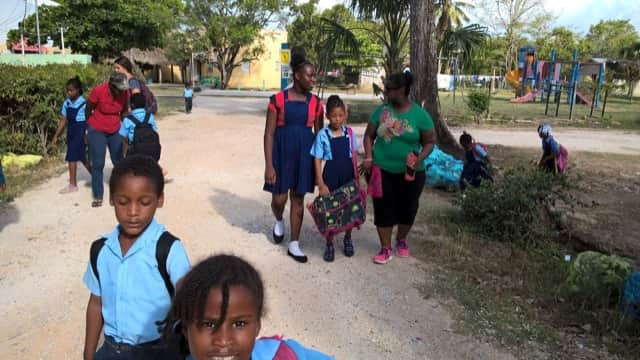 Review Melissa McKenzie Volunteer in Belize Orphanage Program
