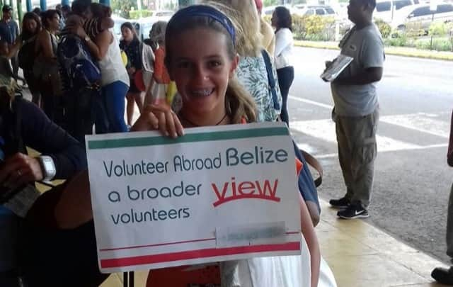 Review Dania & Sophia Green Volunteer in Belize Orphanage Program