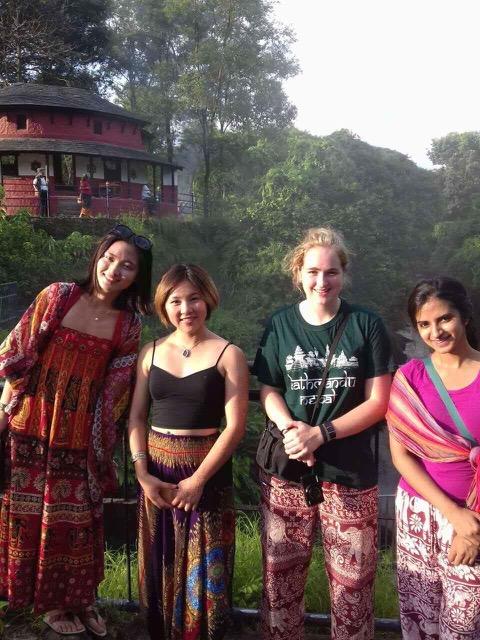 Review Nora Berry Volunteer in Nepal Kathmandu at the Community Hospital