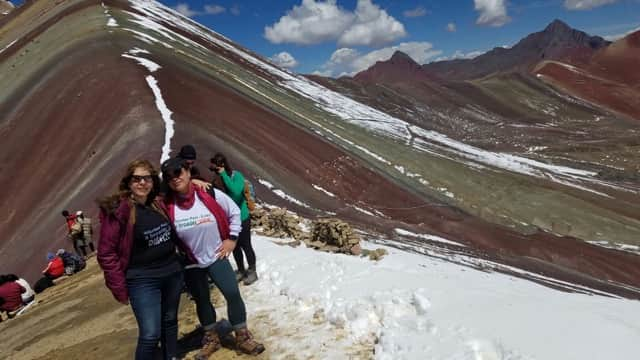 Review Rachelle Valenzuela Volunteer in Peru Cusco PreMed and Senior Center