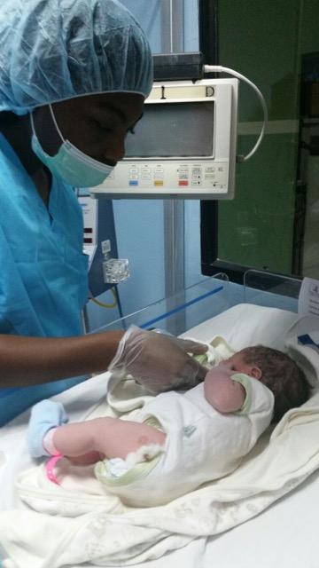 Review Volunteer Artavia Price Honduras La Ceiba Pre Medical Program