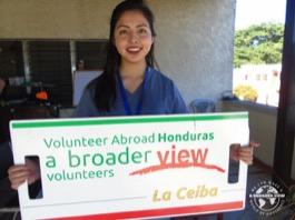 Review Volunteer Giselle Carino Honduras La Ceiba PreMedical program