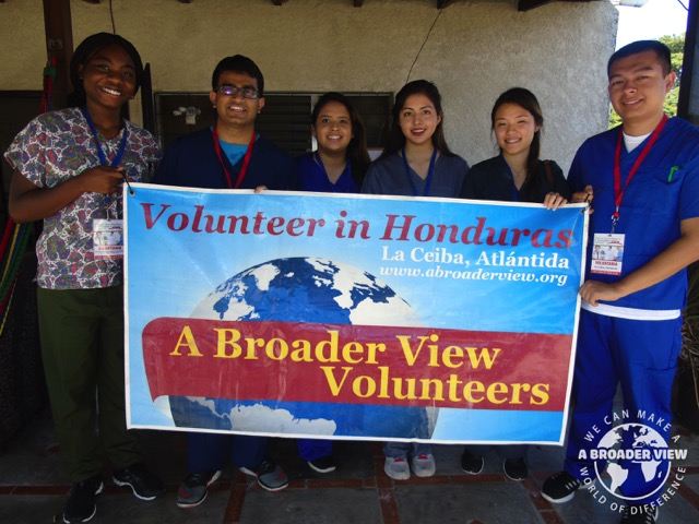 Review Volunteer Kishan Patel Honduras La Ceiba Premedical program