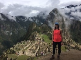 Review Volunteer Wendy Tyler in Peru Cusco at the Seniors Care Center and health Care Center