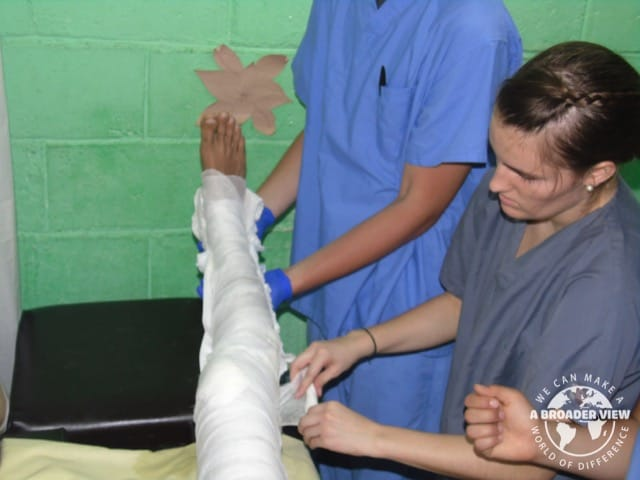 Volunteer in Honduras La Ceiba Review Pre Medical Student Program Skyler Speciale