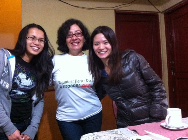 april-volunteer-cusco-02