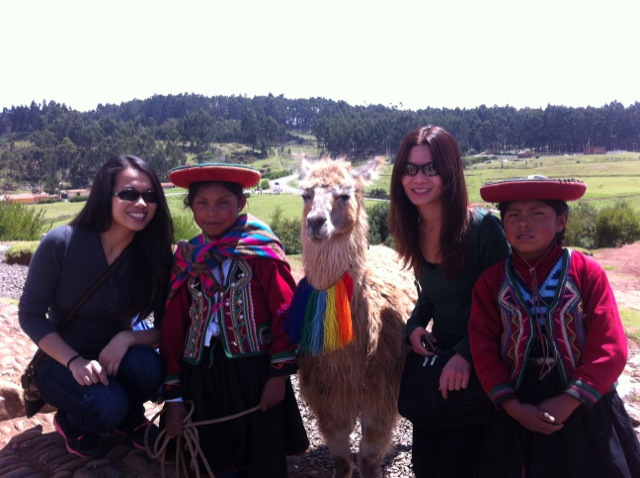 april-volunteer-cusco-03