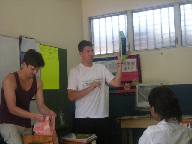 robert-volunteer-la-ceiba-honduras-02