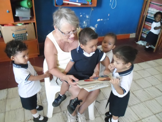 ruth-volunteer-cartagena-colombia-01