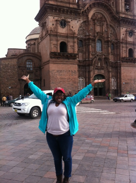 veronica-volunteer-cusco-02
