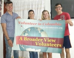 Volunteer in colombia