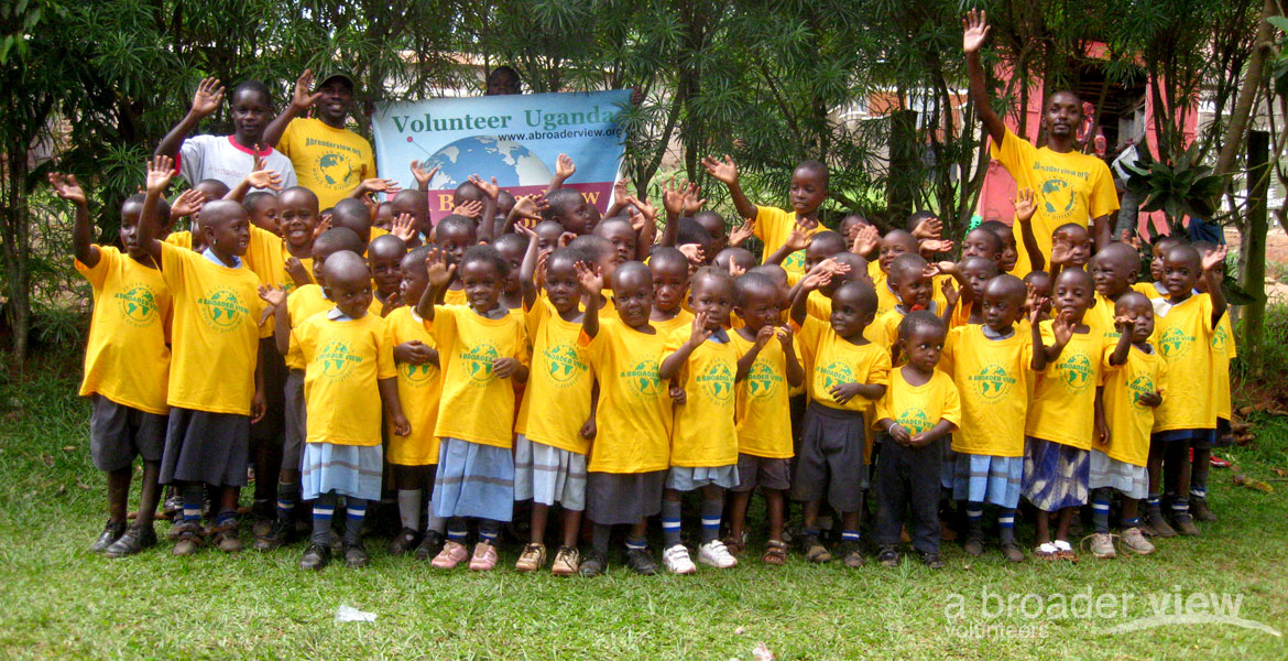 volunteer abroad in bulenga
