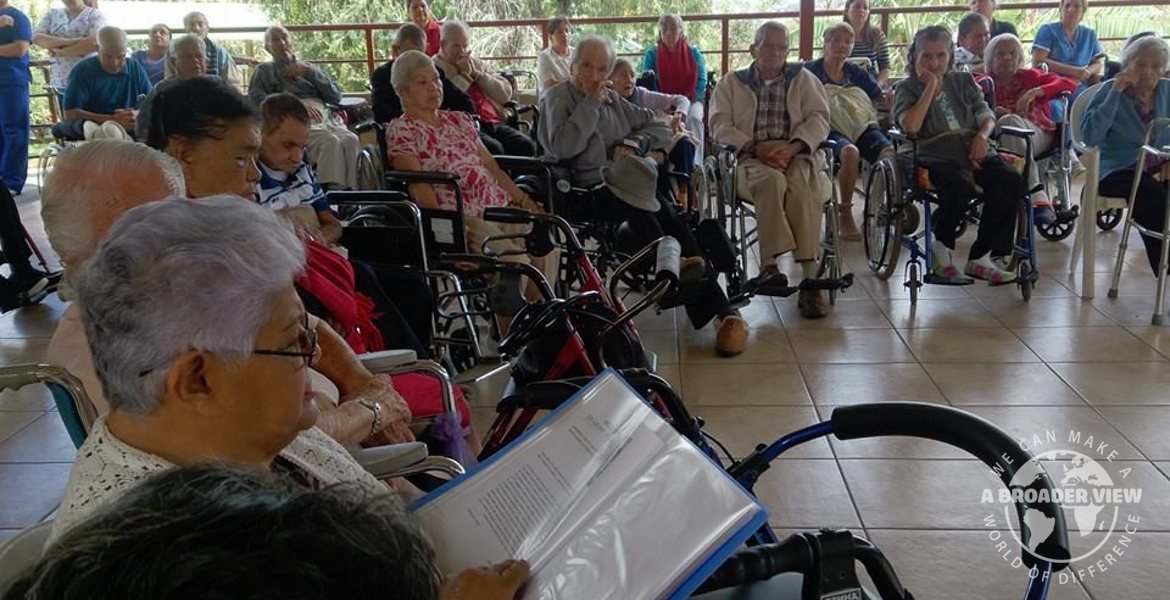 Volunteer Costa Rica Escazu: Senior Care Center