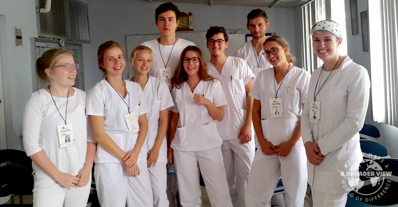 Volunteer in Ecuador Quito PreMed Nurse Internship