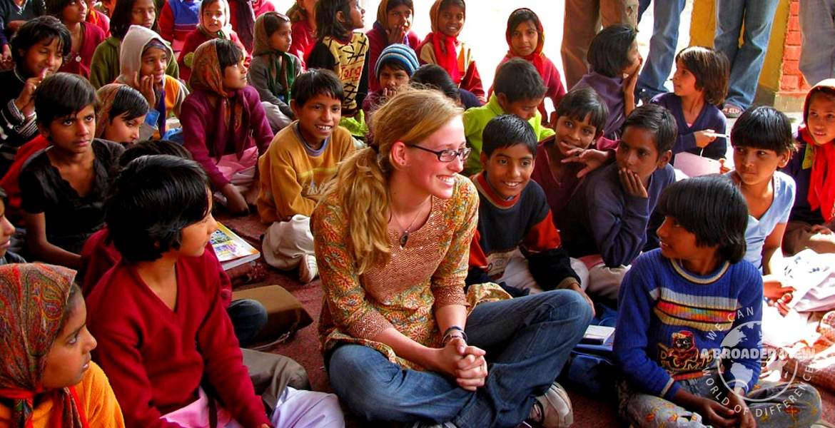 Volunteer in India jaipur Child Care