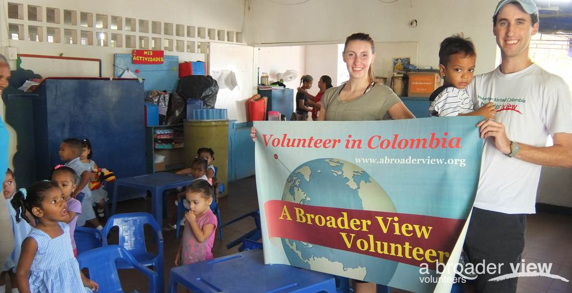 Volunteer in Colombia: Children Support (Cartagena)