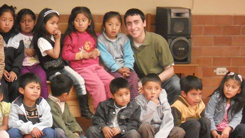 Volunteer in peru-orphans